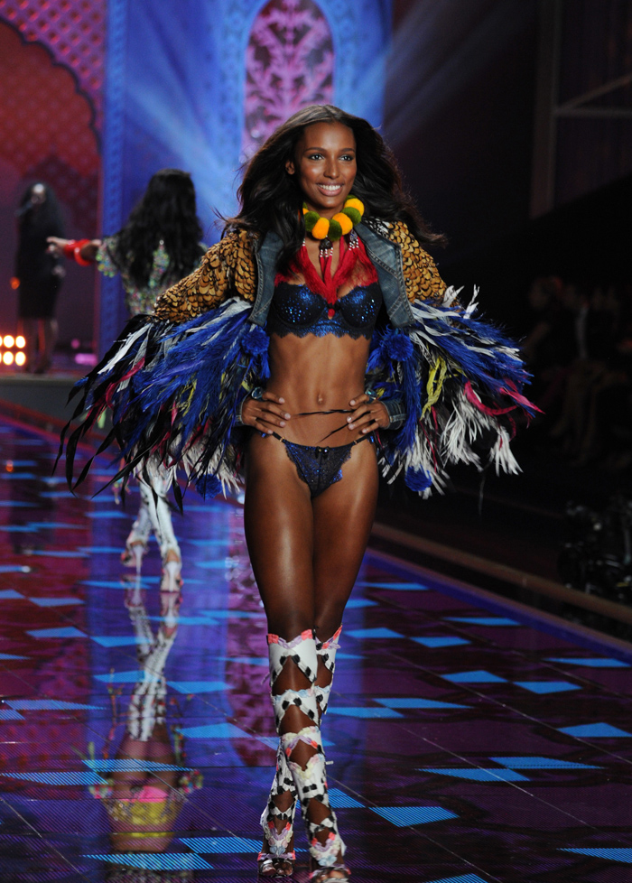 3 December 2014. Jasmine Tookes on the runway at the 2014 Victorias Secret Fashion Show at Earls Court exhibition centre on December 2, 2014 in London, England Credit: Justin Goff/GoffPhotos.com Ref: KGC-03 3 December 2014. Jasmine Tookes on the runway at the 2014 Victorias Secret Fashion Show at Earls Court exhibition centre on December 2, 2014 in London, England Credit: Justin Goff/GoffPhotos.com Ref: KGC-03 COPYRIGHT STELLA PICTURES