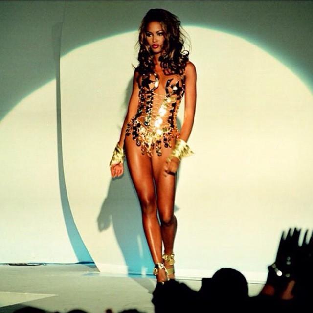 Naomi Campbell 21