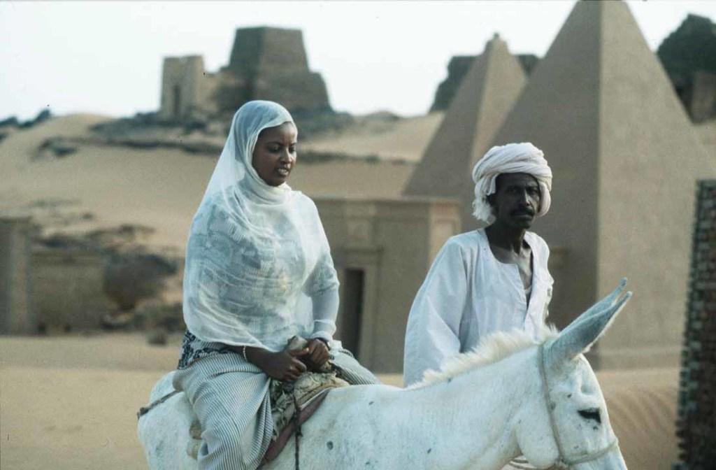 Nubian pyramids 02