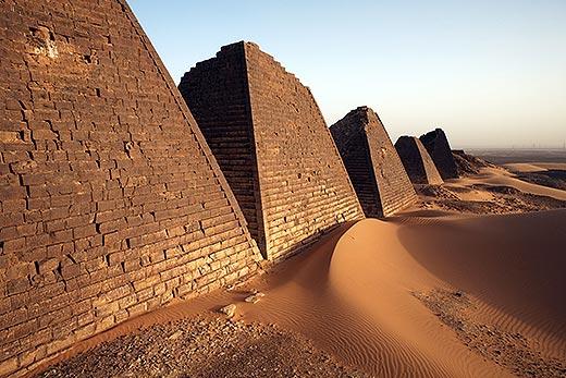 Nubian pyramids 06