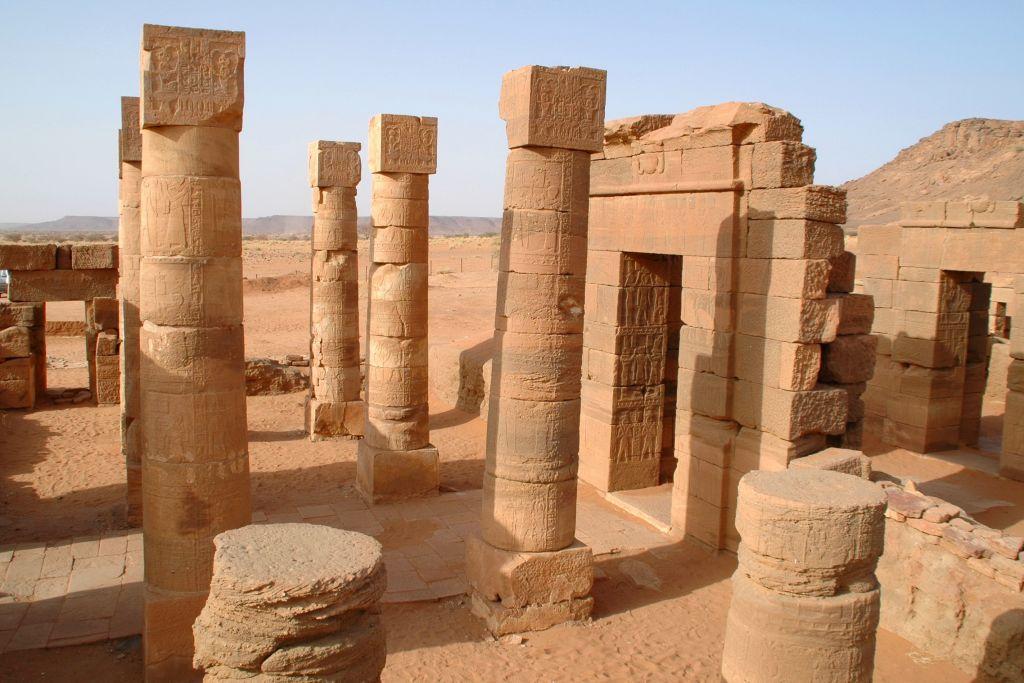 Nubian pyramids 11