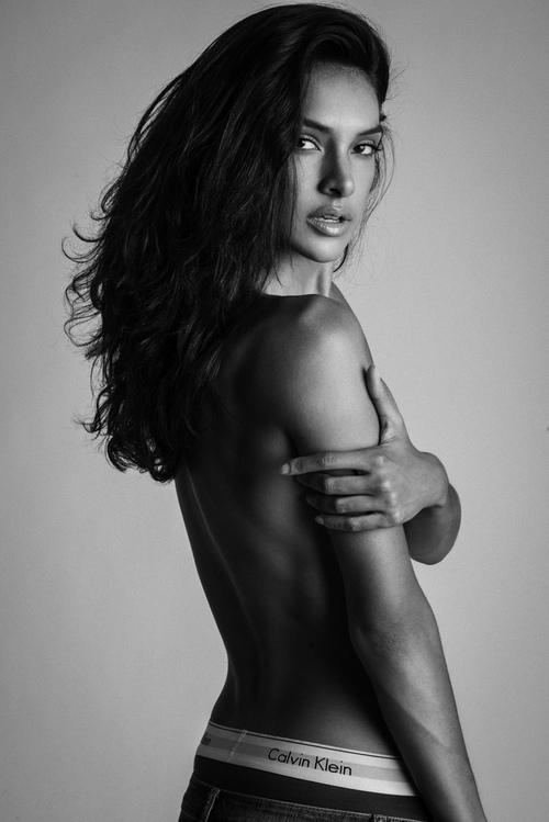 Sadie Nicole Burris 01