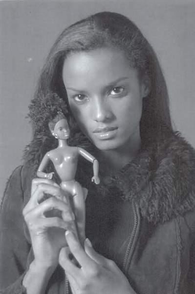 Vanessa Mendoza 08