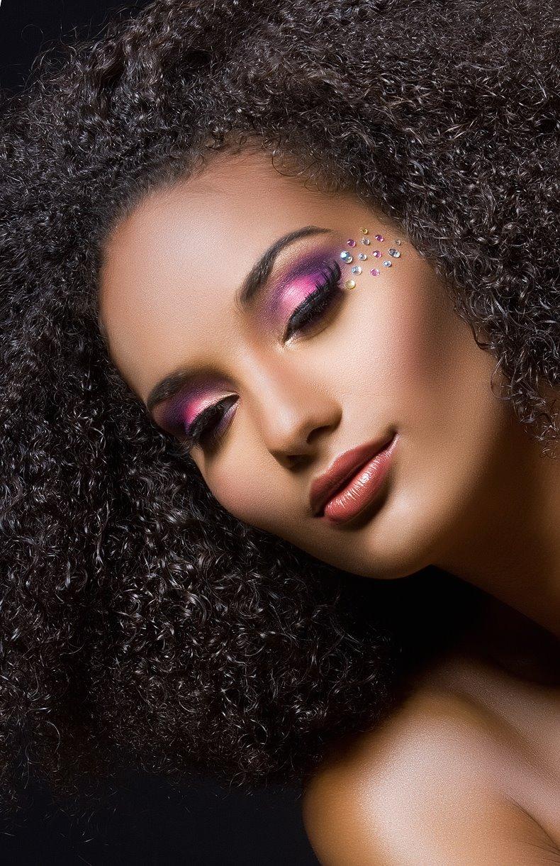 Model Dana Tyne Johnson Sola Rey