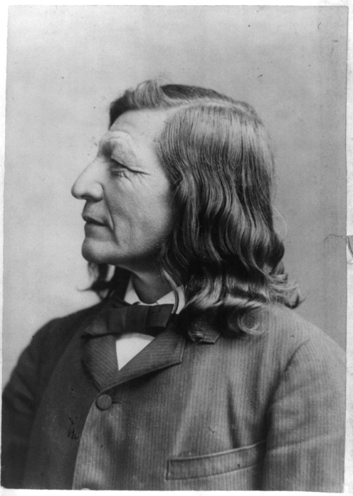 Luther Standing Bear 01