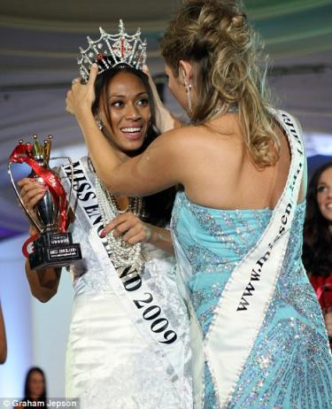 Miss England Rachel Christie 01