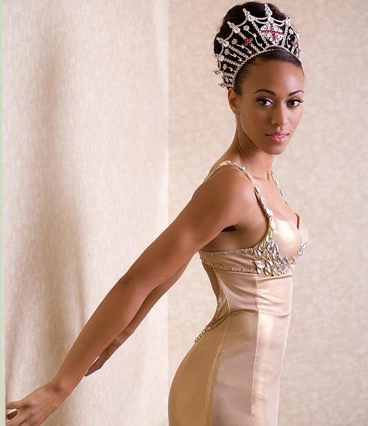 Miss England Rachel Christie 16