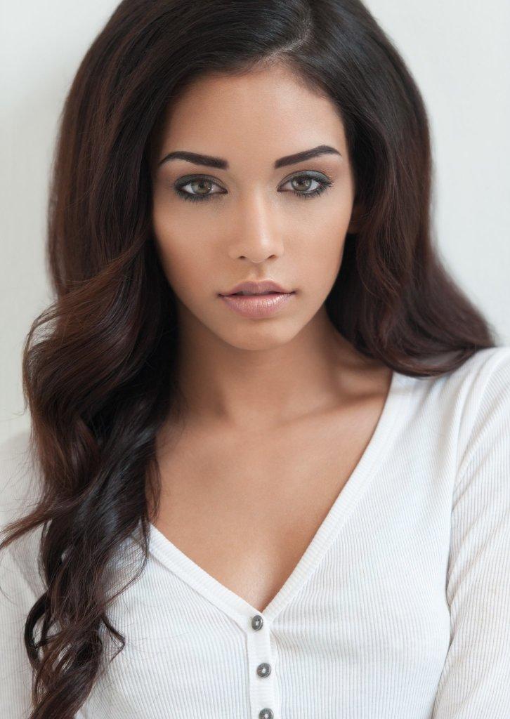 Model: Janice Joostema
