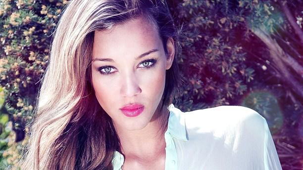 Model: Ebony Anderberg