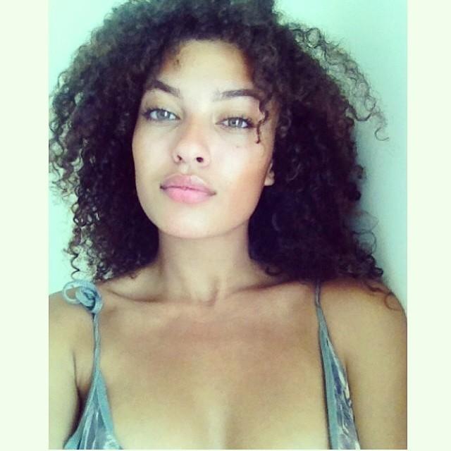 Model: Naomi Imanuel Elizabeth Trotz