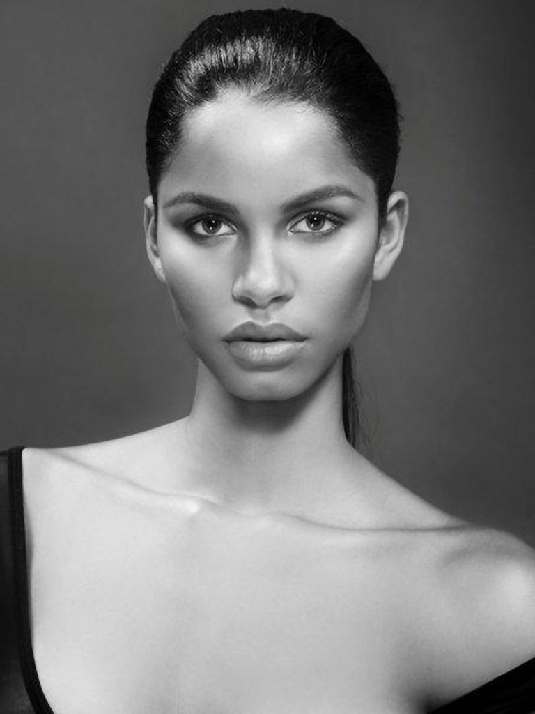 Brazilian Model: Daiane Sodre