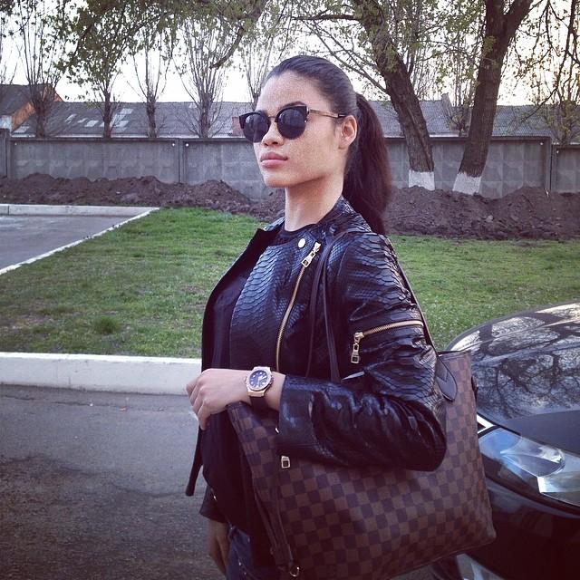 Tina Sokol 28