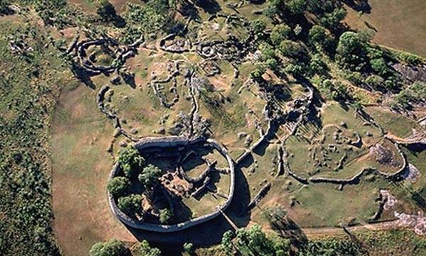Wall of Zimbabwe 07
