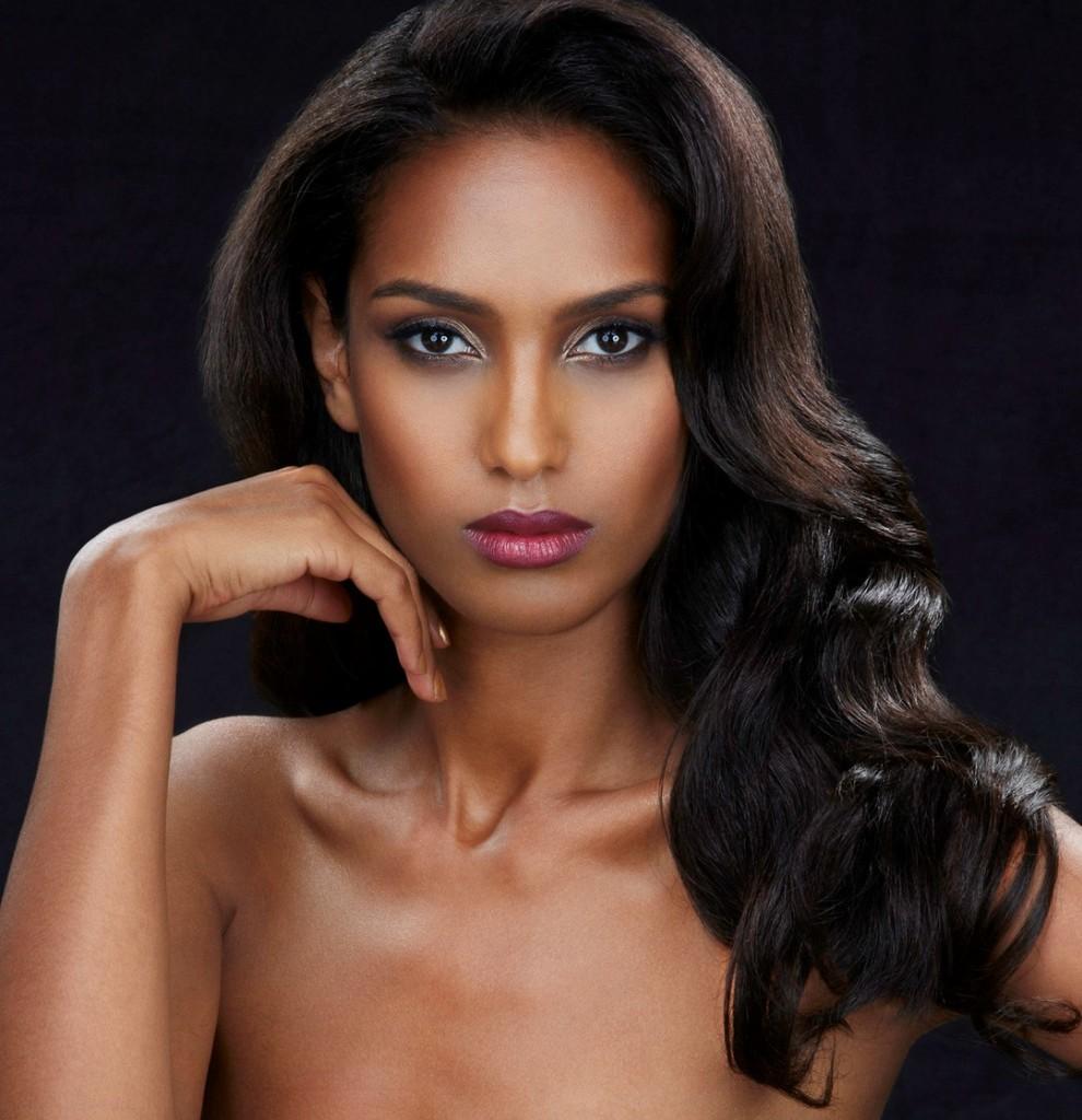 Model: Eden Micael