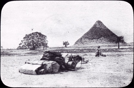Nuer Pyramid in South Sudan 01