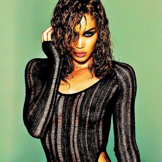 Model: Jasmine Sanders