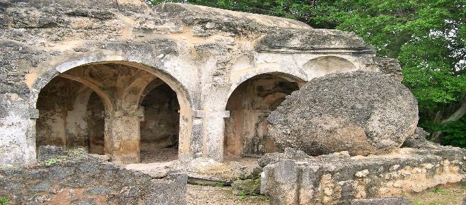kilwa ruins tanzania 01