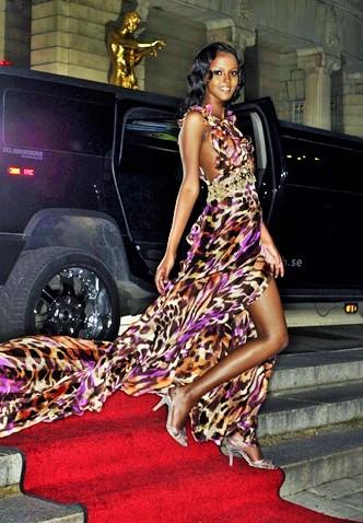 Model: Hawa Ahmed