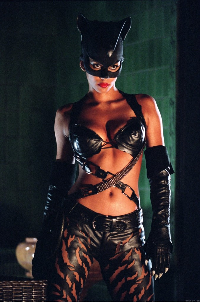 Halle Berry As Catwoman 0
