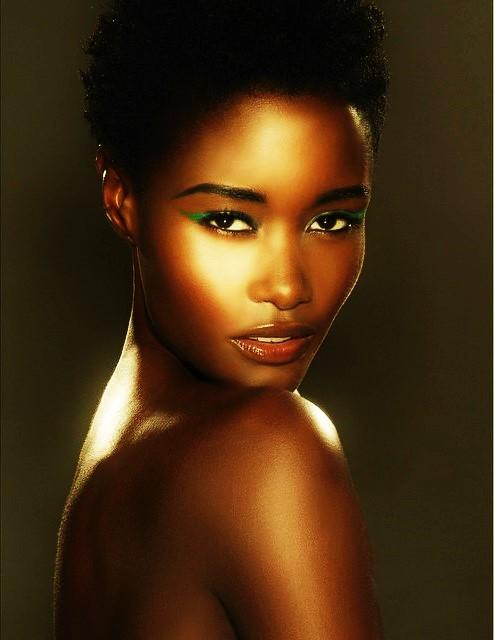 Model: Kimberlyn Parris