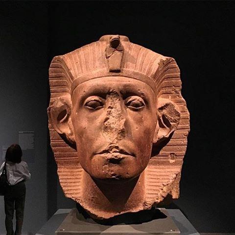 egyptian statue 01