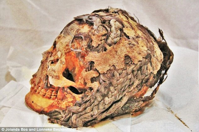 3000 year old hair extension mummy 1000