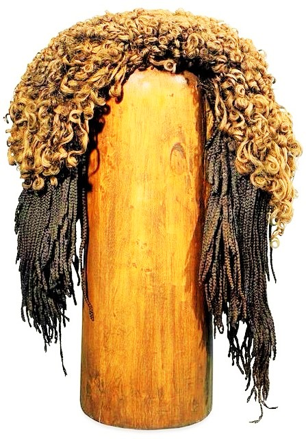 3,000 Year Old Egyptian Woman with 70 HAIR