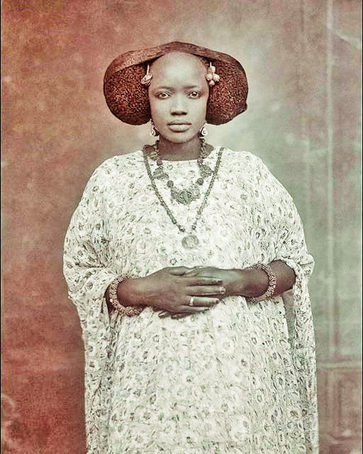 Old Portraits Of Beautiful West African Women