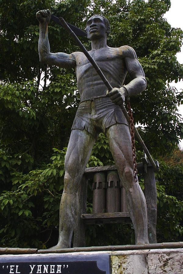 600px-EstatuaYanga