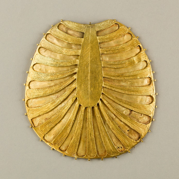 Disk Made of Two Sheets of Gold, One Concave the Other Decorated with Feathers or Palm Fronds, ca. 1479–1425 B.C. Egyptian; Thebes, Wadi Gabbanat el-Qurud, New Kingdom Gold; H. 14.6 cm (5 3/4 in); W. 14 cm (5 1/2 in) The Metropolitan Museum of Art, New York, Purchase, Henry Walters and Edward S. Harkness Gifts, 1922 (26.8.117bb) http://www.metmuseum.org/Collections/search-the-collections/591131