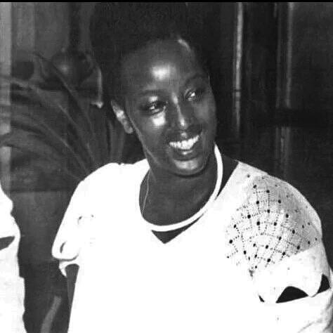 Queen Dowager Rosalie Gicanda 04