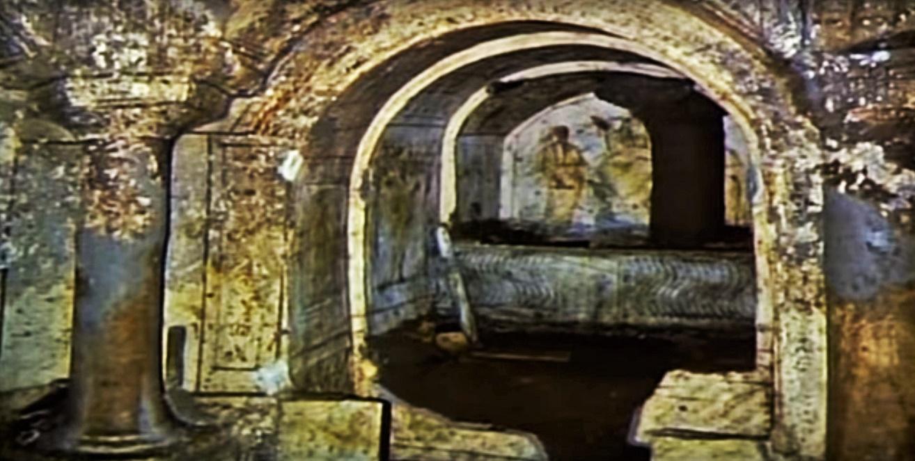 Rome catacombs 17