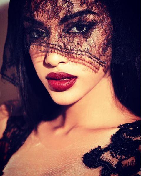 Model: Elsa Baldaia