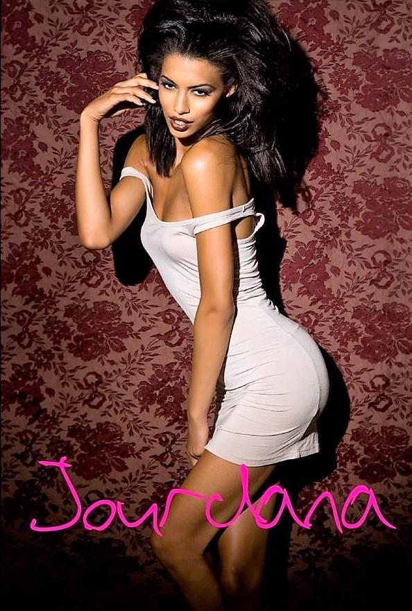 Model: Jourdana Elizabeth